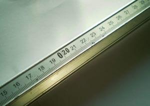 Шкала линейки для резки стекла